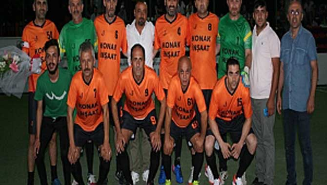 Gazi Metal 31.nci Sakarya Olgunlar Futbol Turnuvası 29.ncu Akşam Maçları