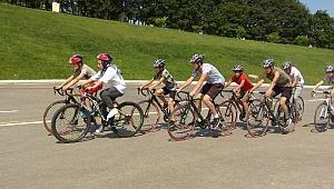 Genç bisikletçiler vadide yetişiyor