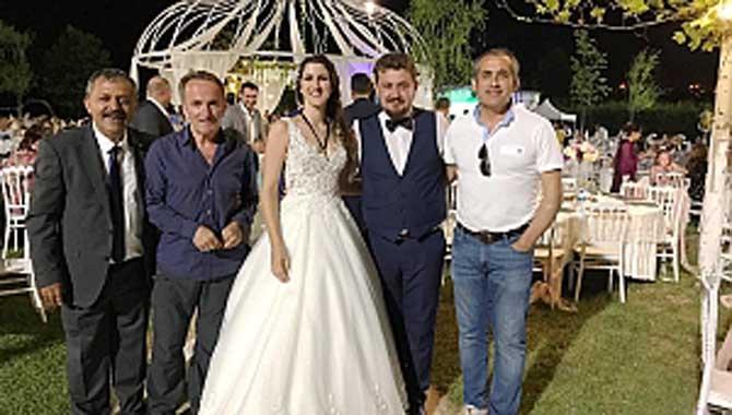 Öğretmen Türkoğlu Ailesinin Mutlu Günü