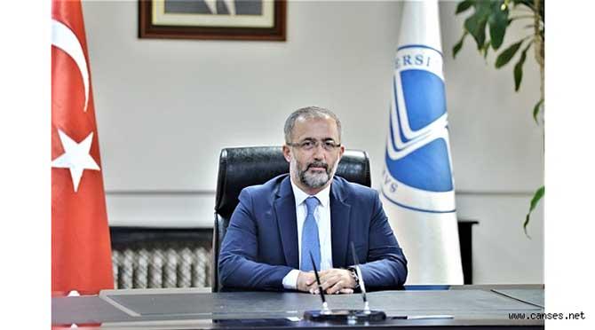 SAÜ Rektörü Prof.Dr.Savaşan'dan Sakaryalı Gençlere Çağrı