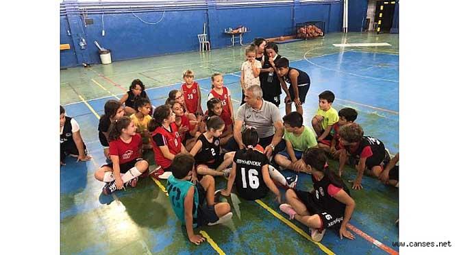 Babaoğlu, Miniklerle Basketbol Oynadı