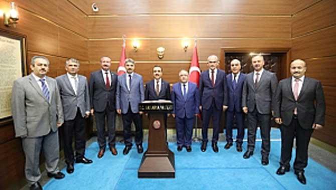 Tarım ve Orman Bakan Yardımcısı Özkaldı' dan Vali Nayir' e Ziyaret