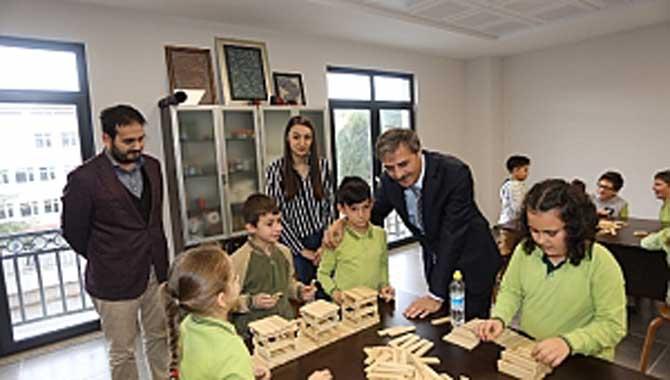Başkan Alemdar Öğrencilerin Yeni Eğitim Yılını Kutladı