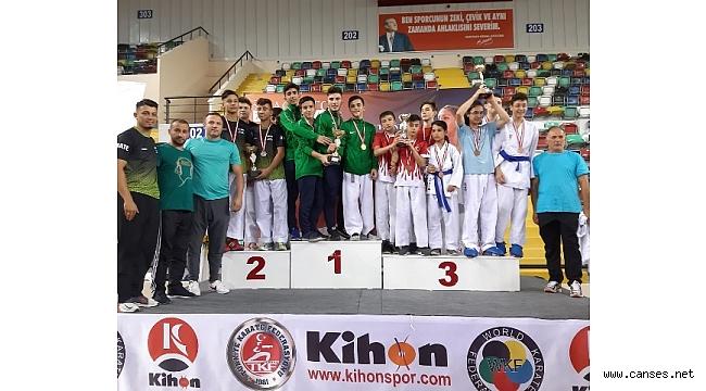 Geyveli Karateciler emin adımlar ile ilerliyor