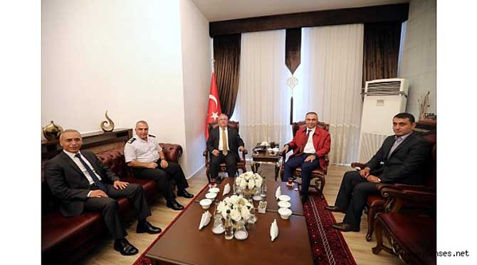 Kilis Valisi Soytürk ve Tümgeneral Koç'tan Vali Nayir'e Ziyaret