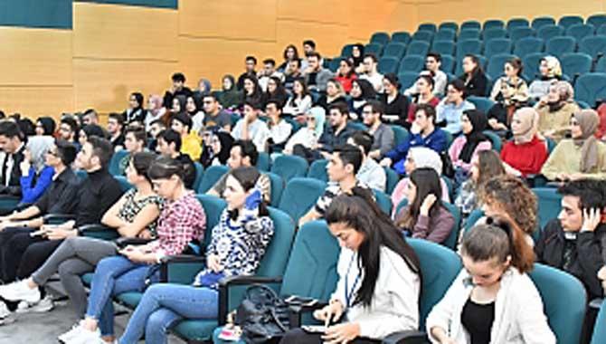 Öğrencilere Etkili İletişim Anlatıldı