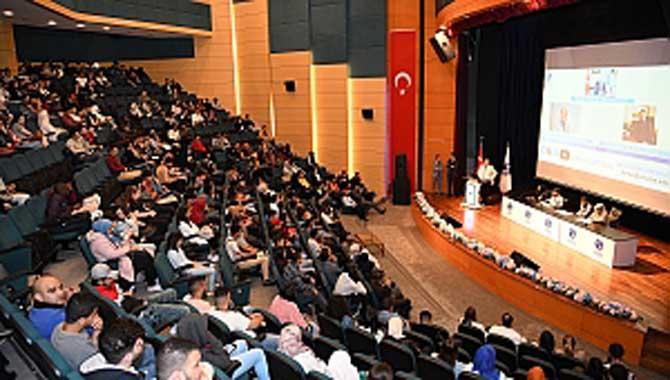SAÜ'de Uluslararası Öğrencilere Oryantasyon Eğitimi
