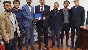 AGD SAKARYA'DAN SBB GENEL SEKRETERİ AK'A HAYIRLI OLSUN ZİYARETİ
