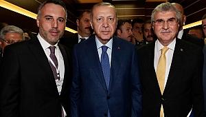 Başkan Yüce Cumhurbaşkanı Erdoğan'la vergi iadelerini görüştü: