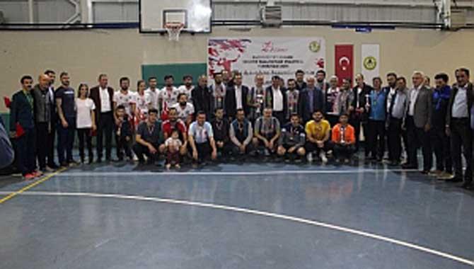 CUMHURİYET KUPASI VOLEYBOL ŞAMPİYONU FERİZLİ ESNAF ODASI