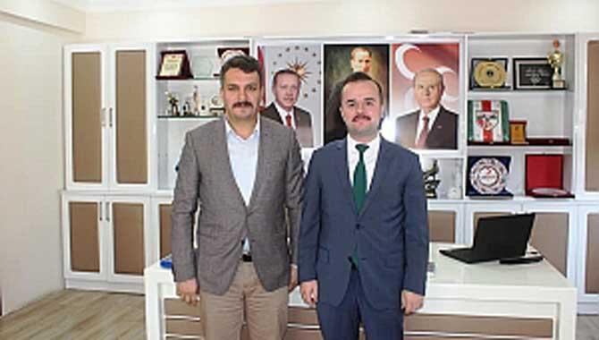 Taraklı Kaymakamı Abdullah Arslantürk Belediye Başkanı İbrahim Pilavcı'yı makamında ziyaret etti
