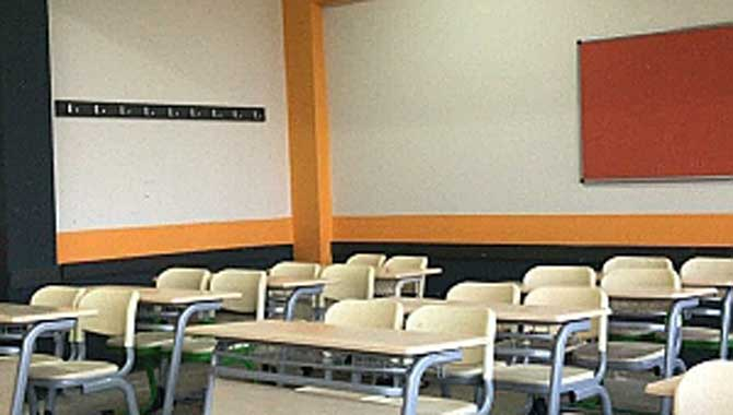 Tes-İş Anadolu Lisesi 9 günlük tatilde sil baştan yenilendi