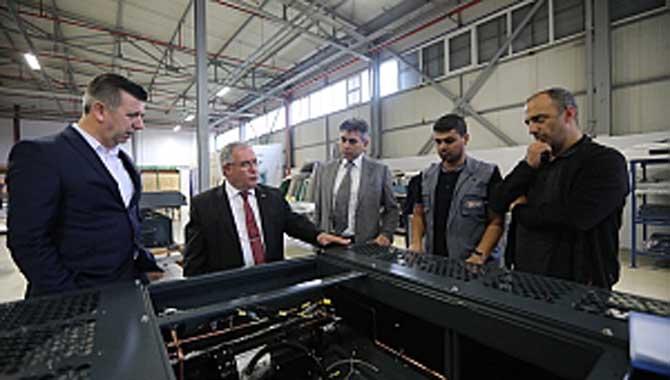Vali Nayir'den Yazkar Fabrikasına Ziyaret