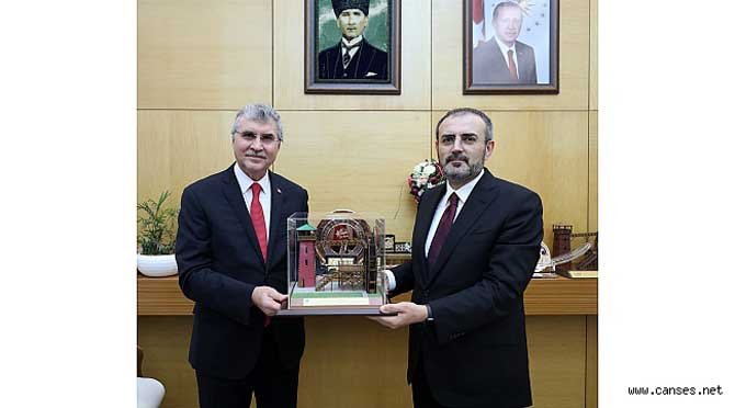 AK Parti Genel Başkan Yardımcısı Ünal'dan övgü dolu sözler