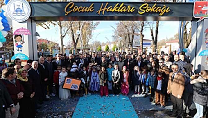 Çocuk Hakları Sokağı Coşkuyla Açıldı