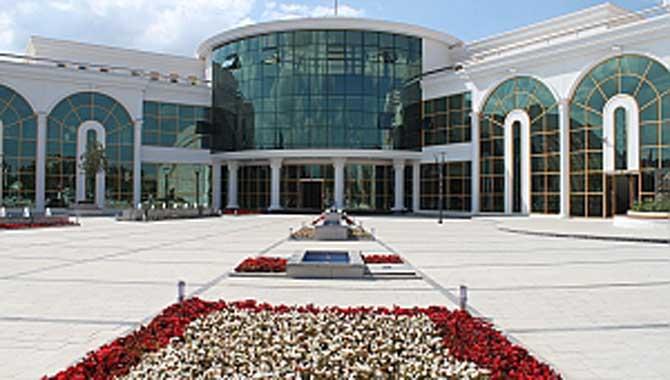 Serdivan'da Kapanış Saatlerine Düzenleme