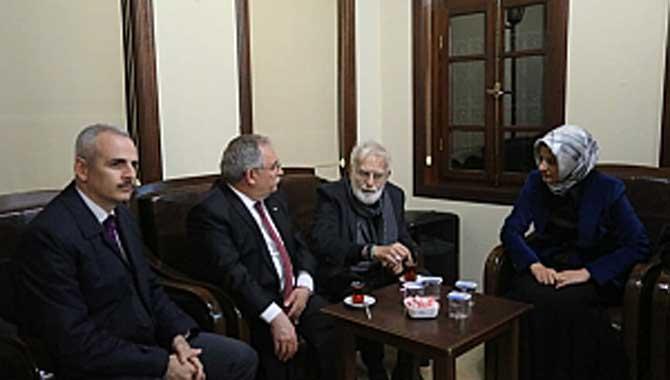 Vali Nayir Yazar Prof. Dr. Ökten İle Bir Araya Geldi