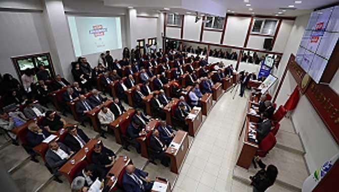 Yılın son meclisi 54 maddeyi görüşecek