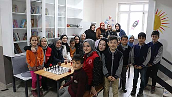 Her Lisenin Bir Köy Okulu Olsun Projesi Kapsamında Kütüphane Oluşturuldu