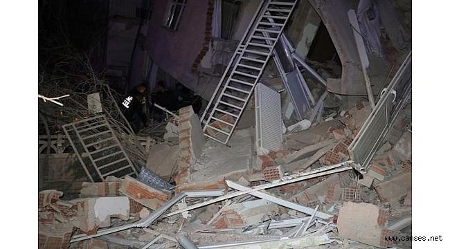 Kardeş Eli Derneği depremzedelerin yanında