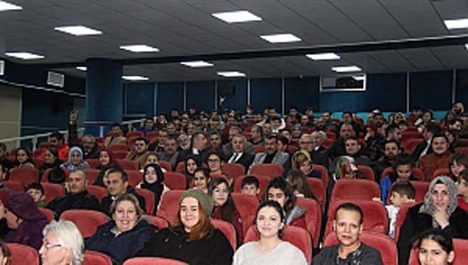 """MHP Hendek Teşkilatı """"Türkler Geliyor"""" filmini izledi"""
