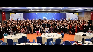 Ulusal Konferansa Sakarya Damgası