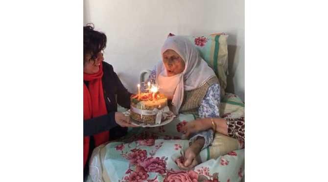 105 Yaşında İlk Doğum Günü