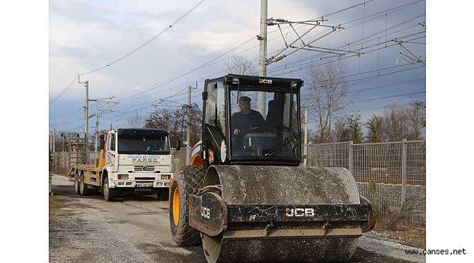 Sapanca'da Yol Yapım ve Düzenleme Çalışmaları Devam Ediyor