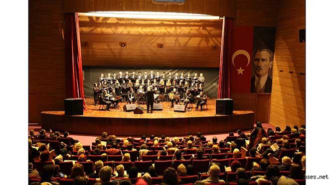 Serdivan'da Türk Sanat Müziği Gecesi