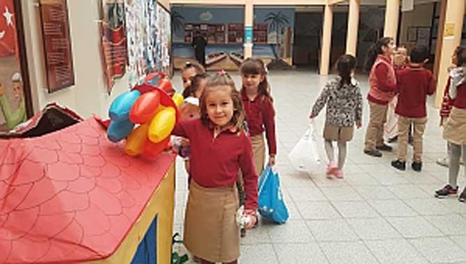 17 Ağustos İlkokulundan Elazığlı Öğrencilere Oyuncak
