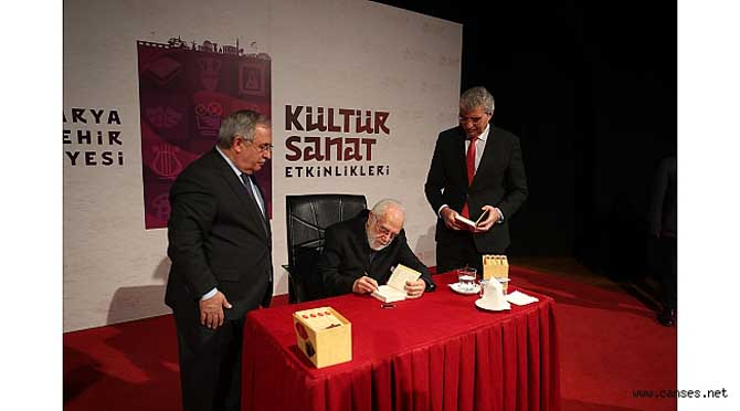 """""""Sultan Abdülhamid emperyalizme karşı en güzel mücadeleyi vermiştir"""""""