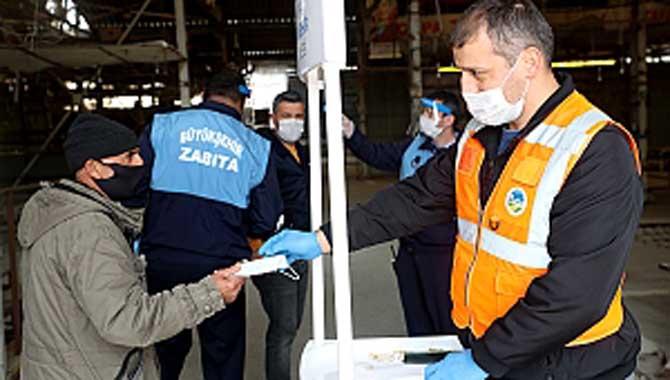 Büyükşehir koronavirüsle mücadeleyi ilçelerde de sürdürüyor