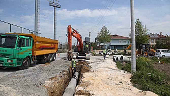 Erenler Ahmet Yesevi Caddesi'ne sağlam altyapı