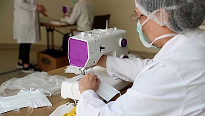 Maske üretimi başladı