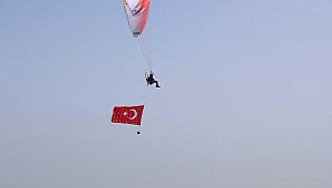 Büyükşehir 19 Mayıs'ı havadan da kutladı