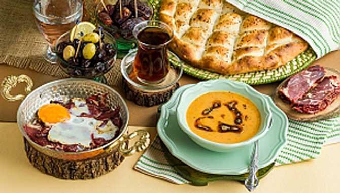 Sabri Ülker Vakfı'ndan Ramazan'da gıda israfı uyarısı