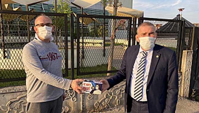 Sakarya Büyükşehir Belediyesi maskeleri dağıtılmaya başlandı..