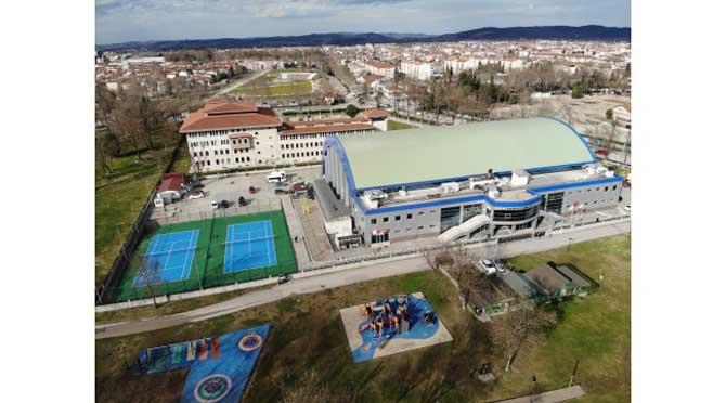 Yüzme Havuzu Açıldı