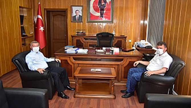 """""""Başkan Sarı'dan, Kaymakam Mercan'a Teşekkür Plaketi"""""""