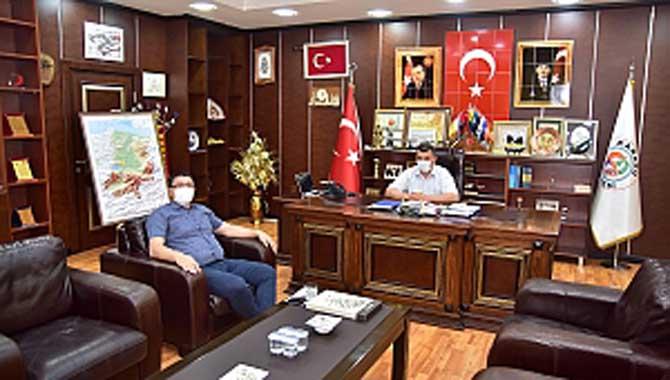 """""""İlçe Tarım Müdüründen Başkan Sarı'ya Ziyaret"""""""