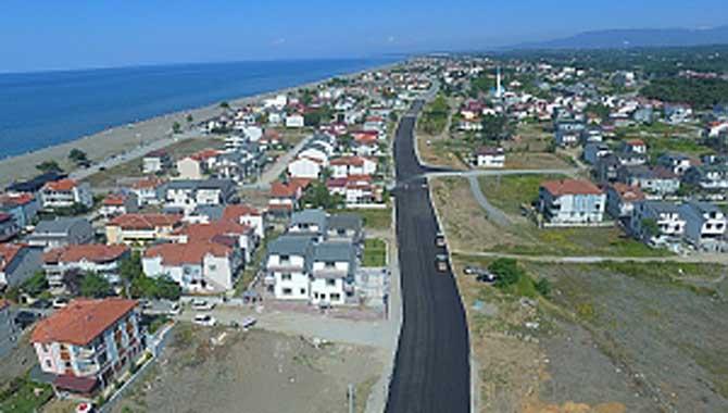 Kocaali'de yollar asfaltla buluşuyor