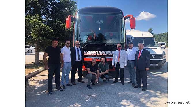 Sakarya Samsun'lular Derneği Samsunspor'u kampta ziyaret etti