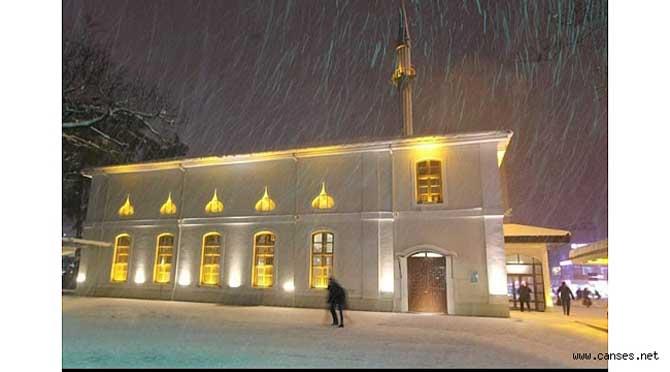 Fahri Tuna'dan 'Orhan Camii Adapazarı'nın kalbidir' yazısı