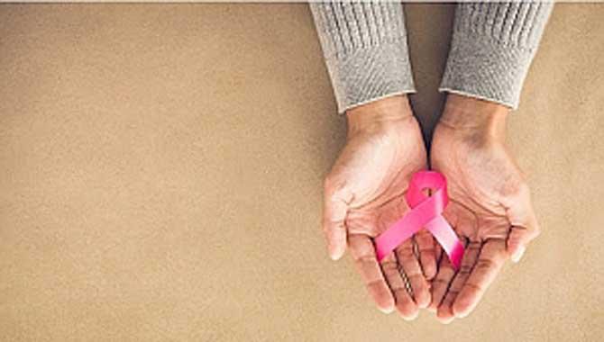40 Yaş Üzeri Kadınlar Mamografi Çektirmeyi İhmal Etmemeli