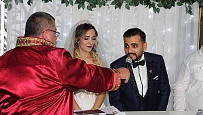 Fahri Kuş Turizm'i yeğenini evlendirdi