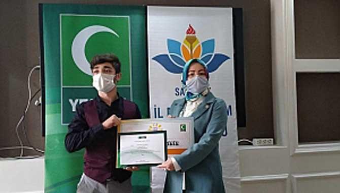 Yeşilay'ın 'Sağlıklı Nesil Sağlıklı Gelecek' Yarışması Ödülleri Verildi.
