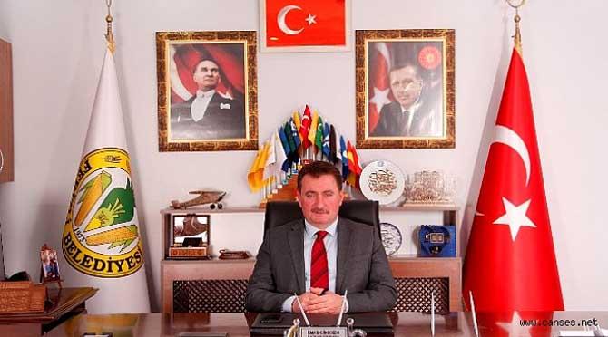 """BAŞKAN GÜNDOĞDU'DAN """"ÖĞRETMENLER GÜNÜ"""" MESAJI"""
