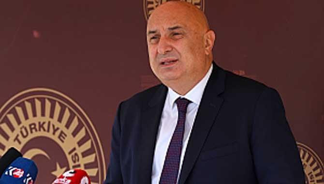 """Engin Özkoç: """"Ekonominin kötü yönetilmesinin baş sorumlusu Recep Tayyip Erdoğan'dır"""""""