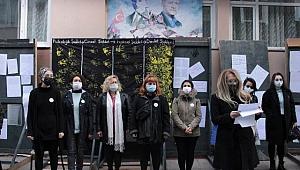 Sakarya Eğitim Sen 25 Kasım Kadına Yönelik Şiddetle Uluslararası Mücadele Günü basın açıklaması