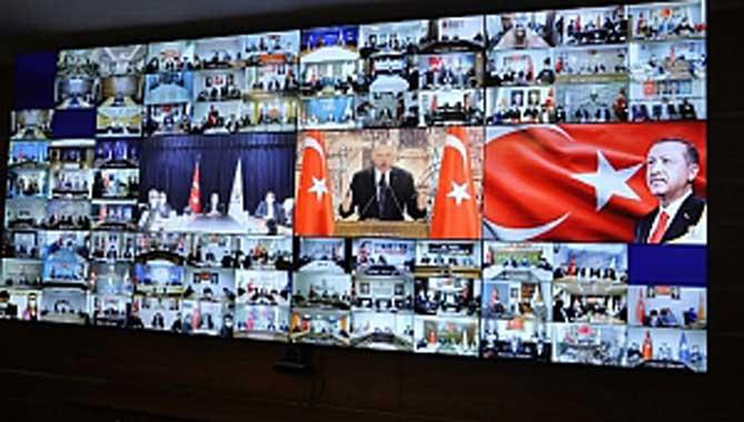 Cumhurbaşkanı Erdoğan'la canlı bağlantı